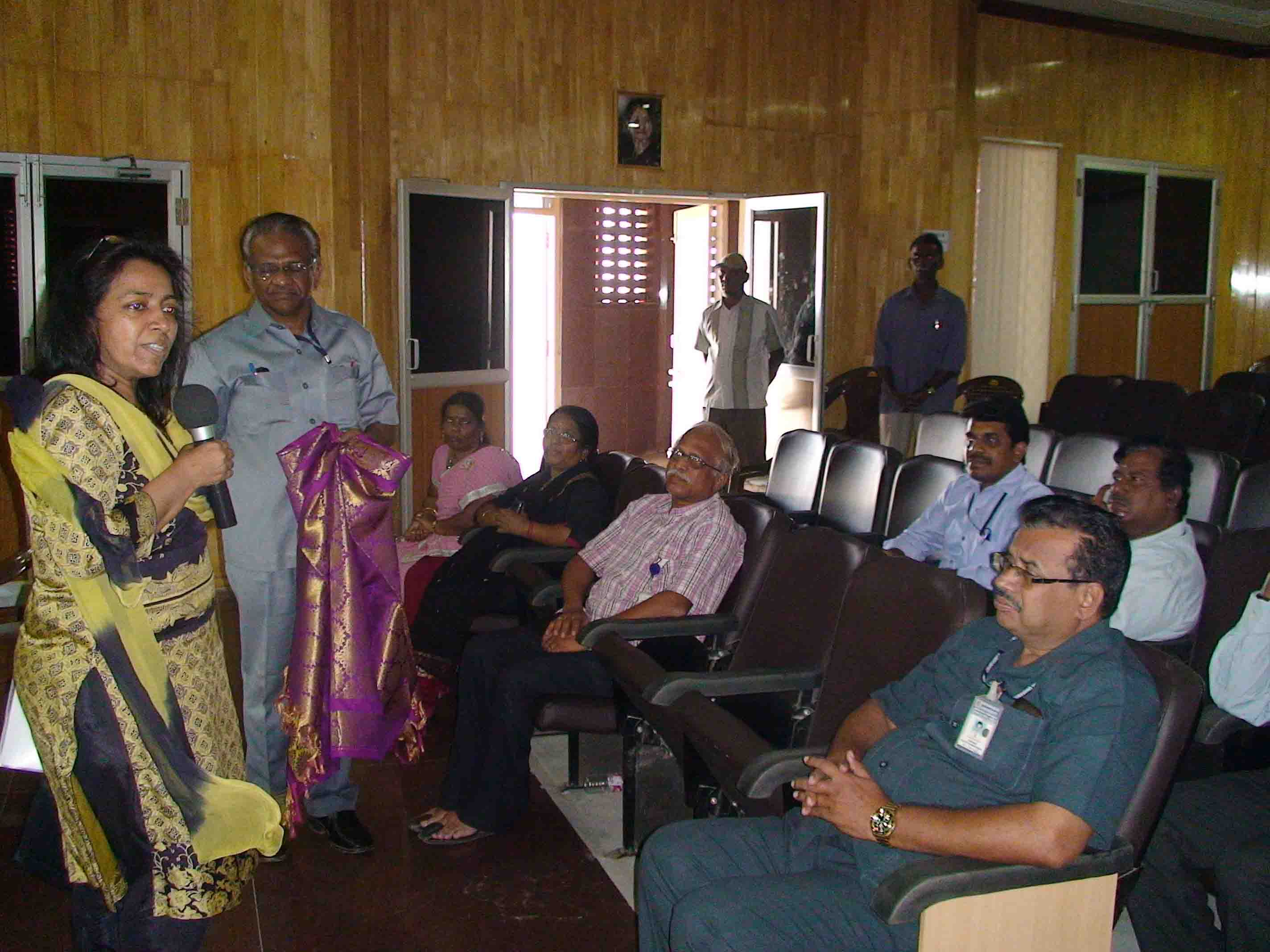 Ms. Vandana Agarwal, Economic Advisor visit to our ENVIS Centre